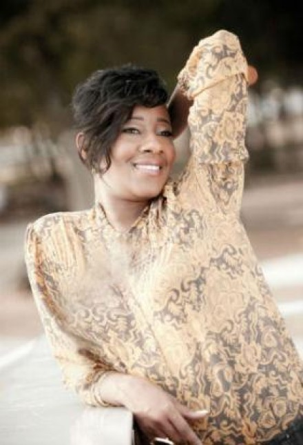 LE'ANDRIA JOHNSON SIGNS WITH RCA INSPIRATION!